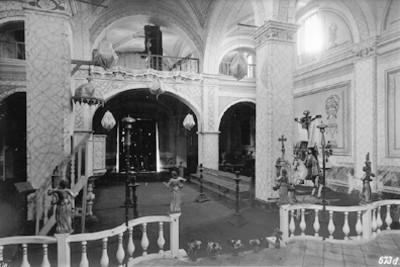 "Iglesia de Santiago Mixquitla en ""Cholula"", vista hacia el Coro, interior"