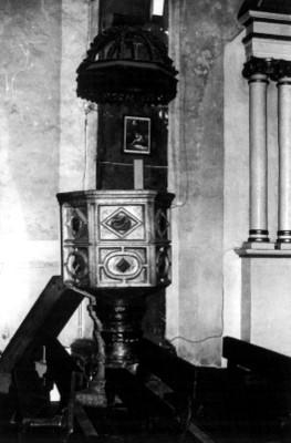 Púlpito de la iglesia de San Pedro Apóstol, detalle