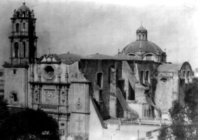 Iglesia de San Fernando en la delegación Cuauhtémoc