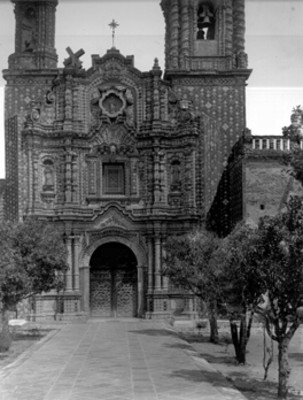 Fachada de la Iglesia de San Francisco Acatepec