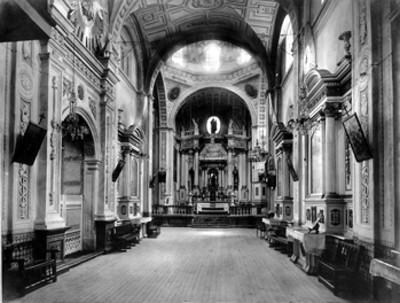 Vista general interior de la Iglesia del Carmen. San Ángel, D.F.