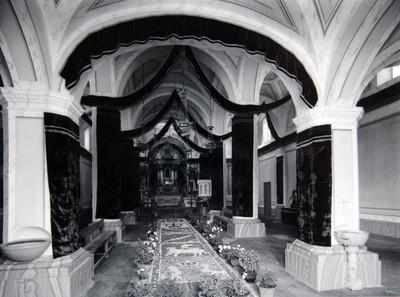 Iglesia de Santa Maria Axixitla, Nave central vista del altar mayor