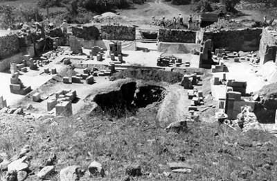 Panorámica de Teotihuacán antes de las exploraciones