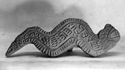 Reproducción de sello en forma de serpiente