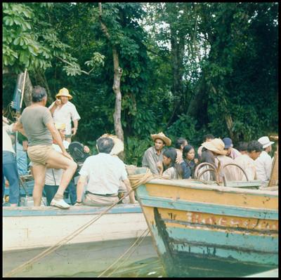 Actores en escena y gente de producción de la película La Casa del Sur