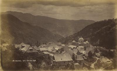 """""""Mineral del Chico"""", poblado, paisaje"""