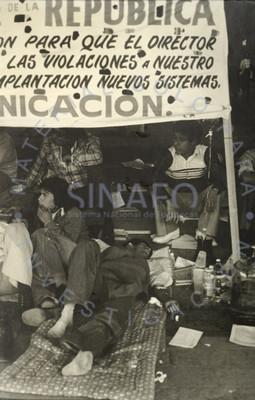 Telegrafista de F.F.C.C en huelga de hambre