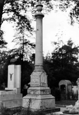 Monumento a Eligio Ancona