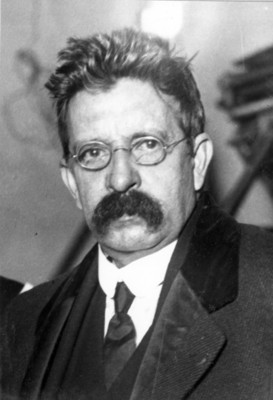 Salvador Rdíaz Mirón, retrato