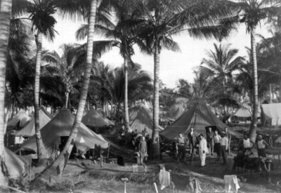 Ejército norteamericano en campamento militar Los Cocos