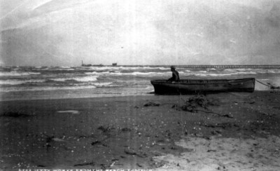 6253. Jetty Works from the beach Tampico