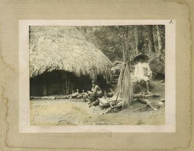 """Indígenas """"Huastecos ( sic ) escena íntima"""""""