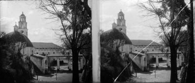 """Vista parcial del Santuario del """"Sacromonte"""" en Amecameca"""