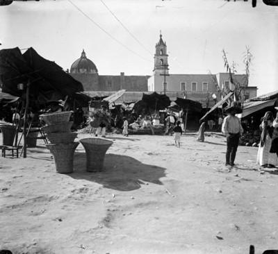 Vista del mercado San Juan de Dios