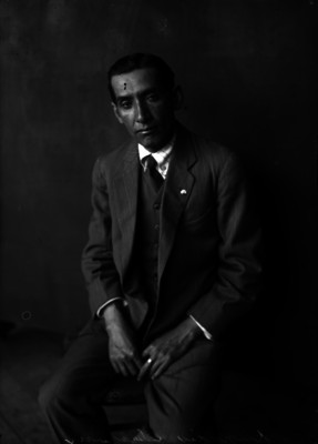 Abraham Lupercio, fotógrafo, retrato