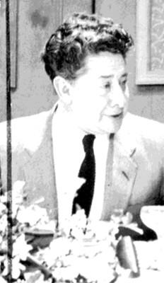 David Alfaro Siqueiros en un banquete