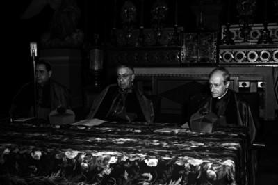 Luis María Martínez, arzobispo acompañado de otros arzobispos celebrando una misa, retrato de grupo