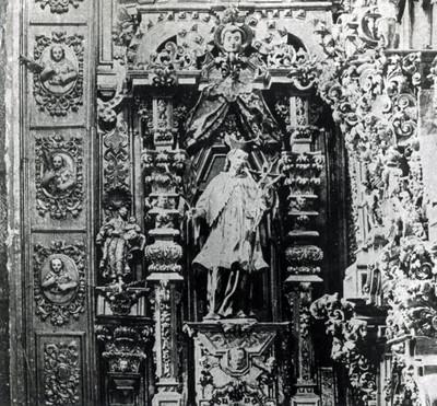 Altar de San Juan Nepomuceno en el convento Tepozotlan