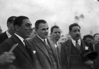 Plutarco Elías Calles con funcionarios
