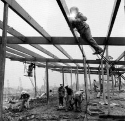 Trabajadores en una construcción