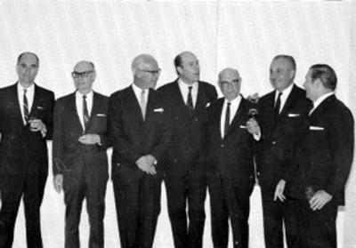 Hombres, retrato de grupo