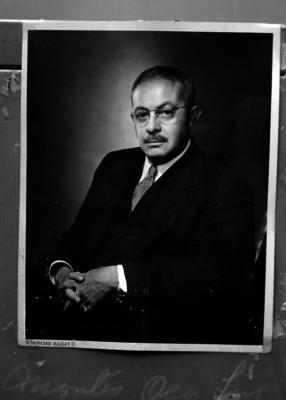 Luis Montes de Oca, empresario, retrato