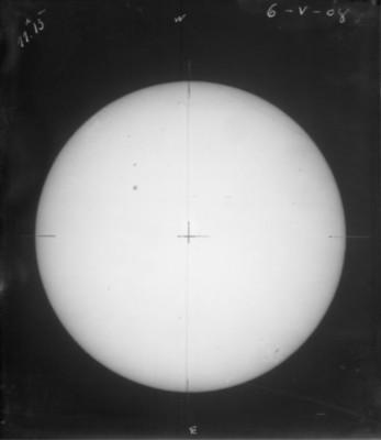 """El sol a """"11 h 13 m del 6-V-08"""""""