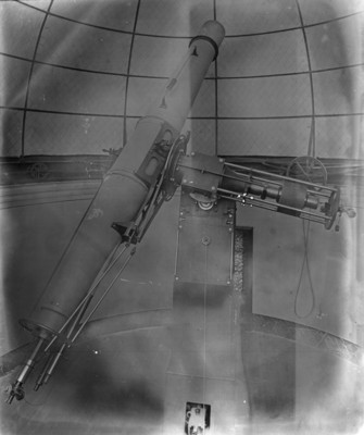 Ecuatorial y fotografía C-27 con espectrómetros y manómetros medianos al taseon T:S magnetómetro