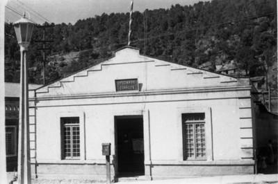 """Vista de la """"oficina de correos"""" en el poblado de San Rafael"""