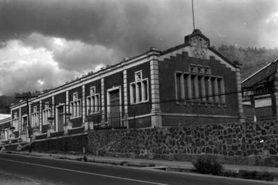 Edificación de la antigua fábrica de San Rafael