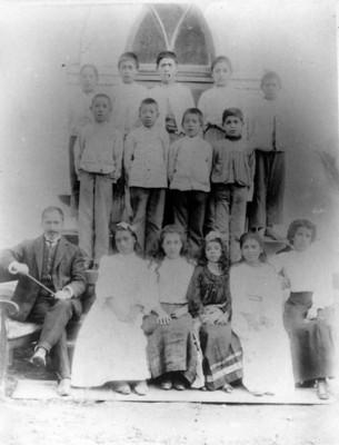 Familias pastorales en el Templo Metodista, retrato de grupo
