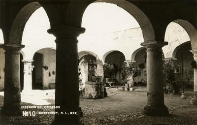 """""""Interior del Obispado de Monterrey"""", tarjeta postal"""
