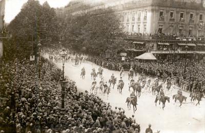 Las Fiestas de la Victoria en la Plaza de la Ópera