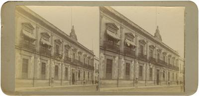 """""""Colegio de San Nicolás"""", exterior, vista lateral"""
