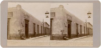 """""""Casa en que se cree que habitó Hidalgo"""", exterior, vista parcial"""