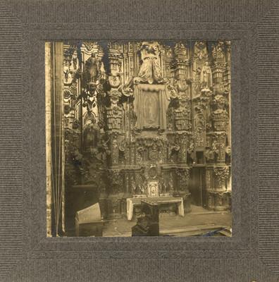 Altar lateral de la Parroquia de Dolores Hidalgo