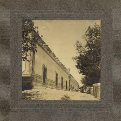 """Casa grande de la hacienda de Pabellon"", vista exterior"