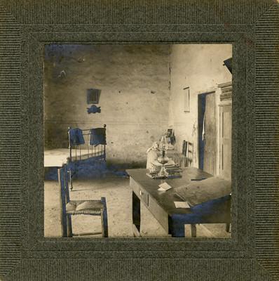 Interior de la pieza en que se alojó Hidalgo en la Hacienda de Mesillas