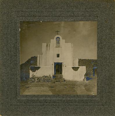 Exterior de la capilla de Mesillas