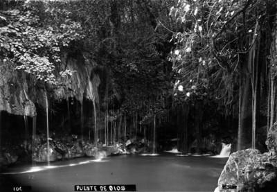 """Río de """"Puente de Dios"""""""