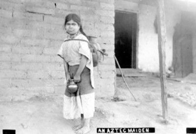 """""""An aztec maiden"""" niña aguadora con olla a la espalda"""