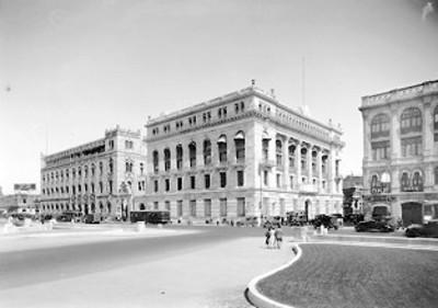Edificio del Banco de México y Edificio de Correos, exterior
