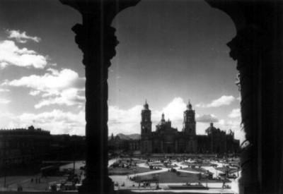 Catedral y zócalo, vista desde el edificio del Ayuntamiento
