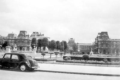Pabellones desde la plaza Luís Napoleón