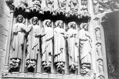 Esculturas del pórtico del Juicio Final, detalle