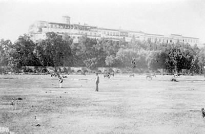 Castillo de Chapultepec y acueducto