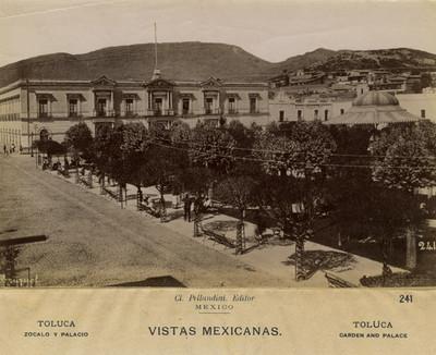 """""""241. Zócalo y Palacio"""" de gobierno, vista parcial"""