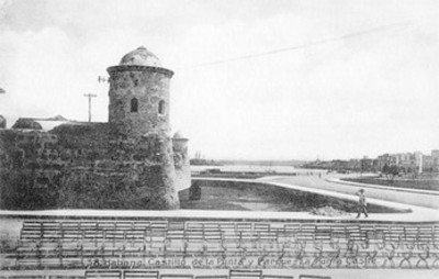 Tarjeta postal con la imagen del Castillo de la punta en la Habana, Cuba