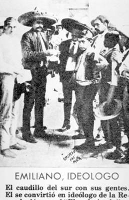 Emiliano Zapata conversa con parte de su tropa