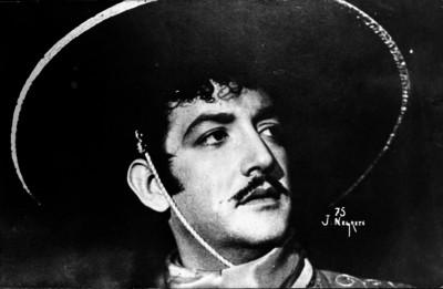 Jorge Negrete, actor y cantante, retrato